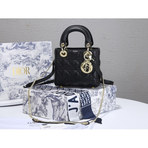 Christian Dior AAA Quality Messenger Bags For Women #820476