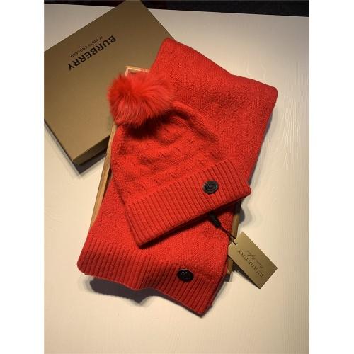 Burberry Scarf & Hat Set #820554
