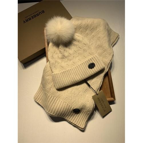 Burberry Scarf & Hat Set #820558