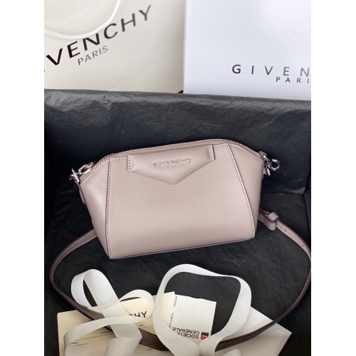 Givenchy AAA Quality Messenger Bags For Women #820604