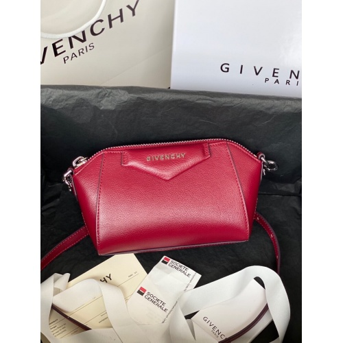 Givenchy AAA Quality Messenger Bags For Women #820606