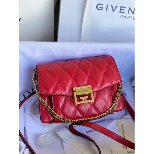 Givenchy AAA Quality Messenger Bags For Women #820614