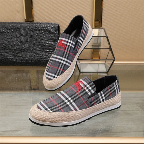 Burberry Casual Shoes For Men #820714