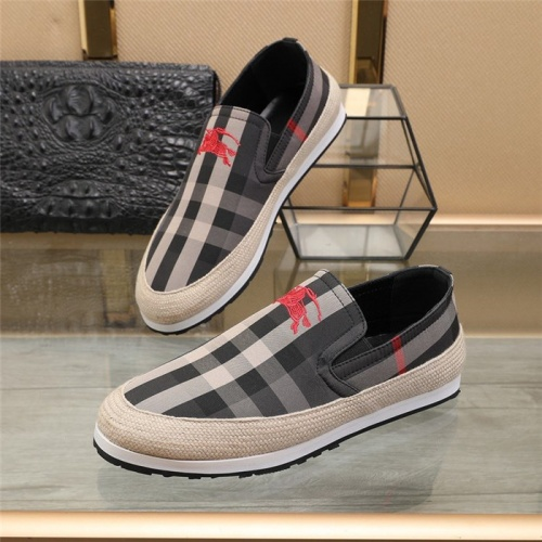Burberry Casual Shoes For Men #820716