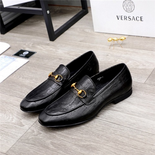 Versace Leather Shoes For Men #820934
