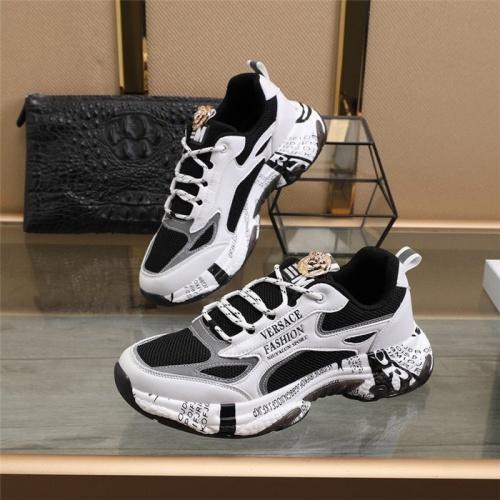 Versace Casual Shoes For Men #821107