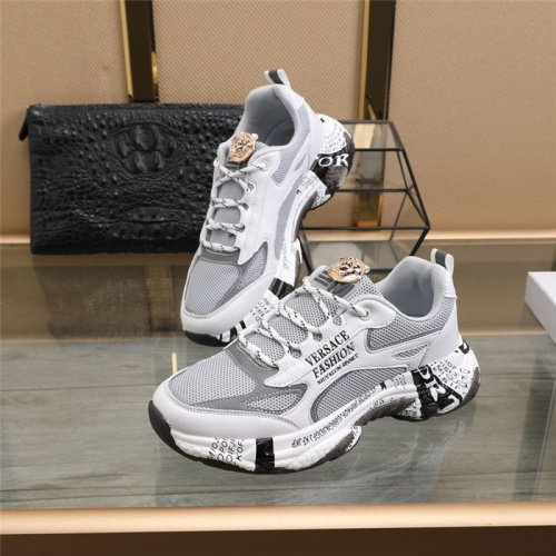 Versace Casual Shoes For Men #821108
