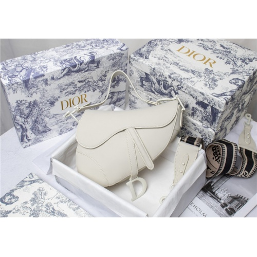 Christian Dior AAA Quality Messenger Bags For Women #821616