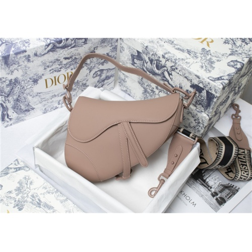Christian Dior AAA Quality Messenger Bags For Women #821617