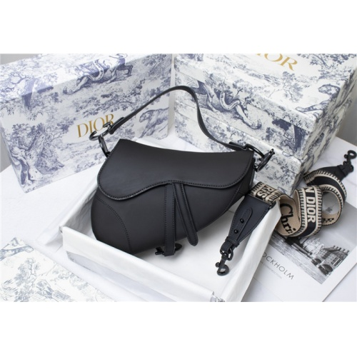 Christian Dior AAA Quality Messenger Bags For Women #821619
