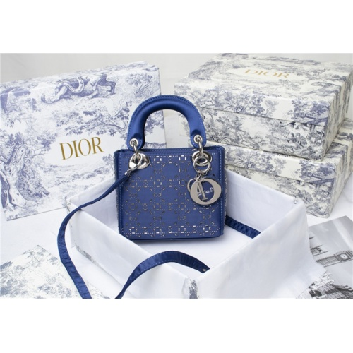 Christian Dior AAA Quality Messenger Bags For Women #821620