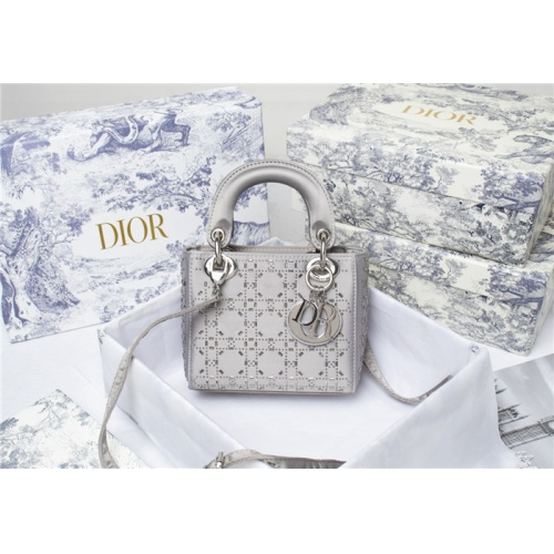 Christian Dior AAA Quality Messenger Bags For Women #821621