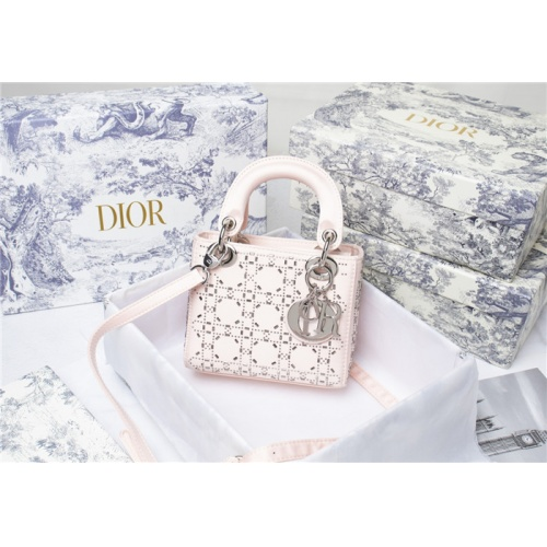 Christian Dior AAA Quality Messenger Bags For Women #821622