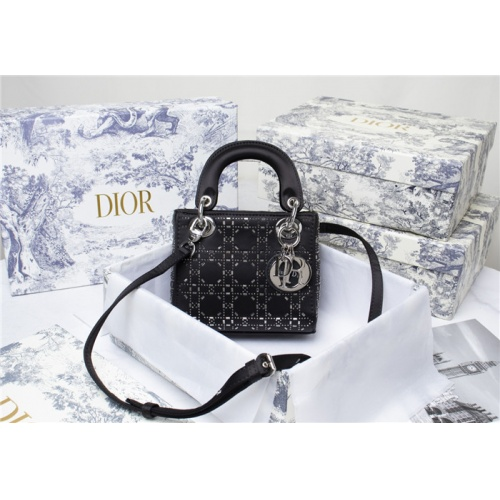 Christian Dior AAA Quality Messenger Bags For Women #821623