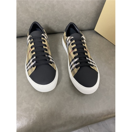 Burberry Casual Shoes For Men #821728