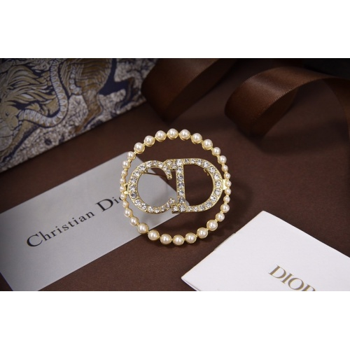 Christian Dior Brooches #822203