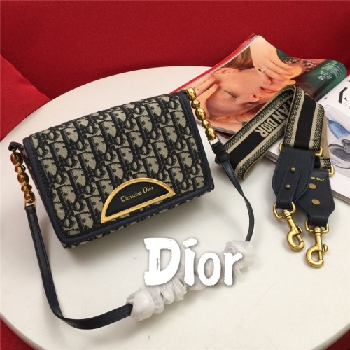 Christian Dior AAA Quality Messenger Bags For Women #822347
