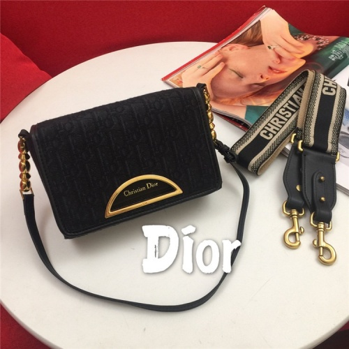 Christian Dior AAA Quality Messenger Bags For Women #822348