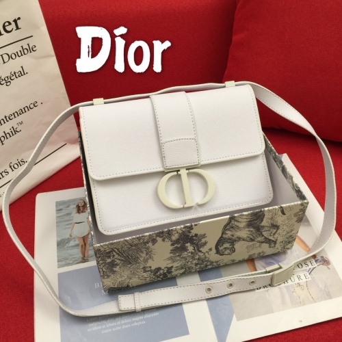 Christian Dior AAA Quality Messenger Bags For Women #822354