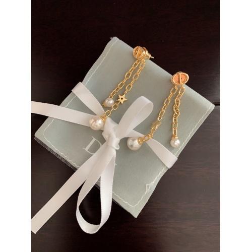 Christian Dior Earrings #823008