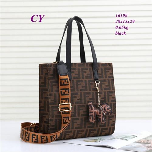 Fendi Fashion Handbags For Women #823208