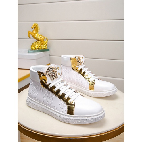 Versace High Tops Shoes For Men #823417