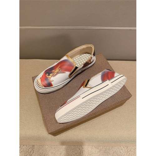 Replica Versace Casual Shoes For Men #823419 $68.00 USD for Wholesale
