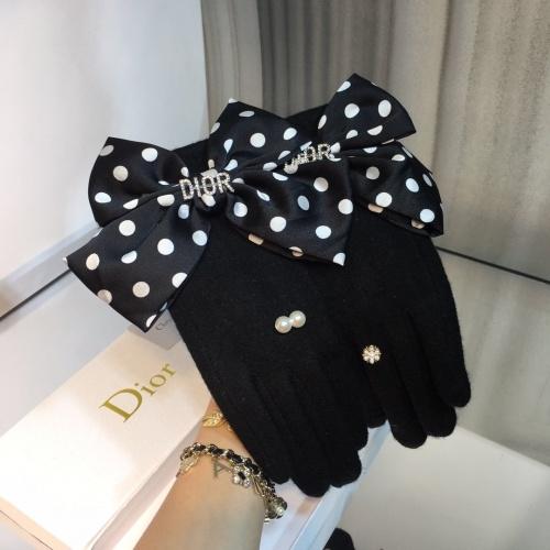 Christian Dior Gloves For Women #823688
