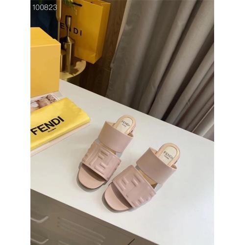 Fendi Sandal For Women #823922
