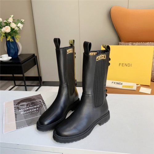Fendi Boots For Women #823929