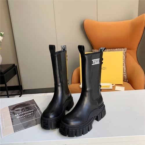 Fendi Boots For Women #823930