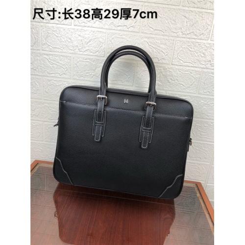 Hermes AAA Man Handbags #824409