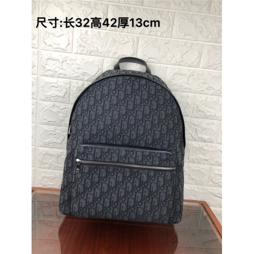 Christian Dior AAA Man Backpacks #824414