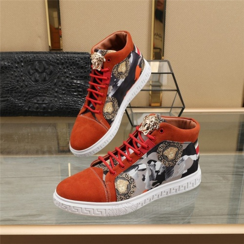Versace High Tops Shoes For Men #824543