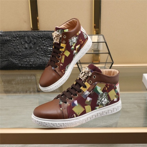Versace High Tops Shoes For Men #824546
