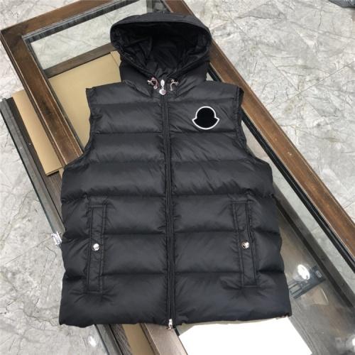 Moncler Down Vest Sleeveless Zipper For Men #824726