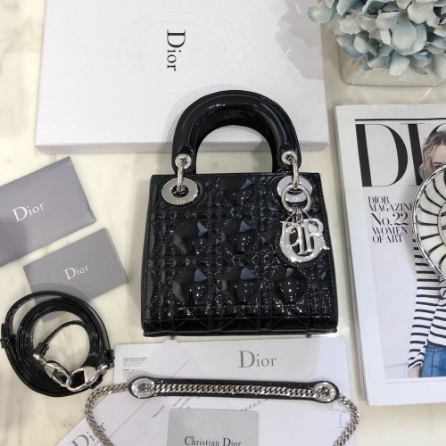 Christian Dior AAA Quality Messenger Bags For Women #824860