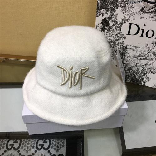 Christian Dior Caps #824940