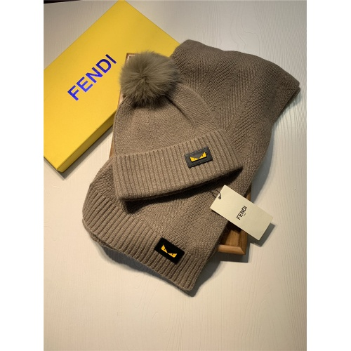 Fendi Scarf & Hat Set #825096