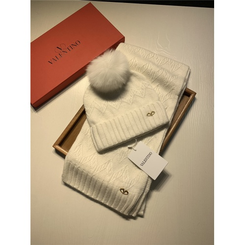 Valentino Scarf & Hat Set #825124