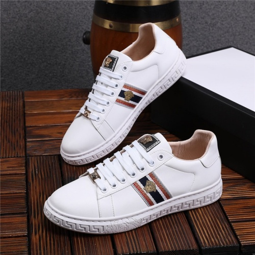 Versace Casual Shoes For Men #825232