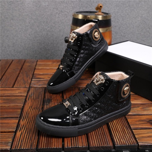 Versace High Tops Shoes For Men #825235