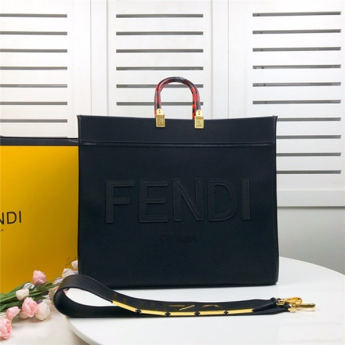 Fendi AAA Quality Tote-Handbags For Women #825470
