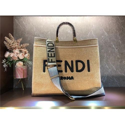 Fendi AAA Quality Tote-Handbags For Women #825478
