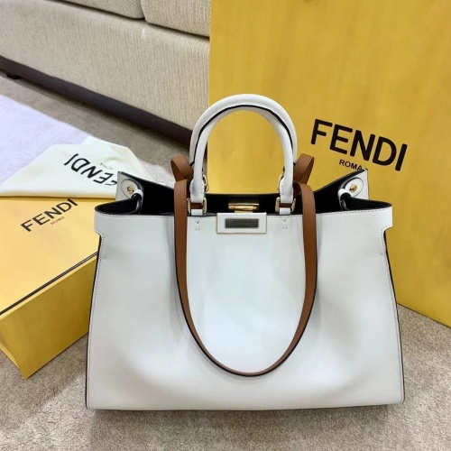 Fendi AAA Quality Handbags For Women #825487