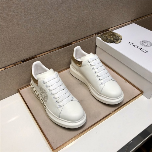 Versace Casual Shoes For Men #825498