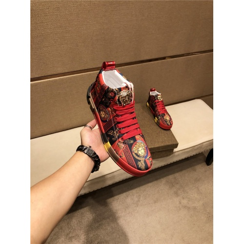 Versace High Tops Shoes For Men #825595