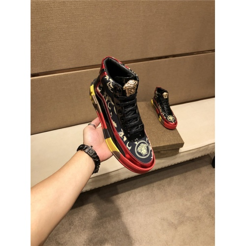 Versace High Tops Shoes For Men #825600
