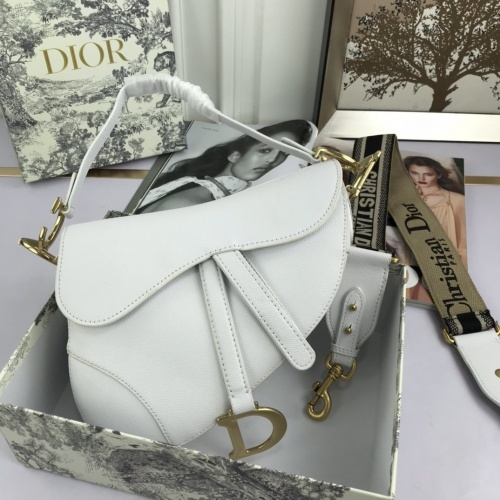 Christian Dior AAA Quality Messenger Bags For Women #825738