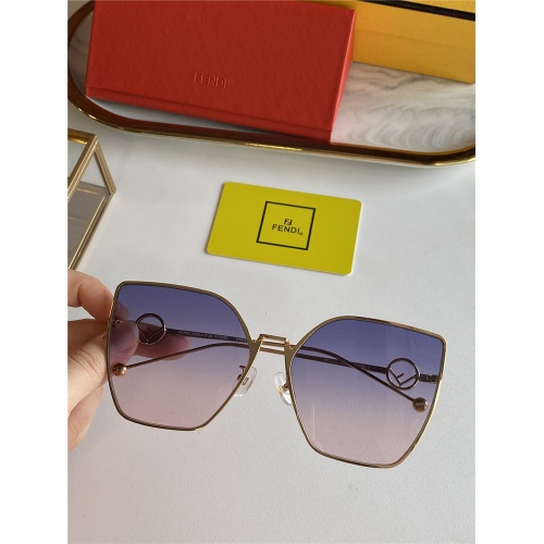 Fendi AAA Quality Sunglasses #825764